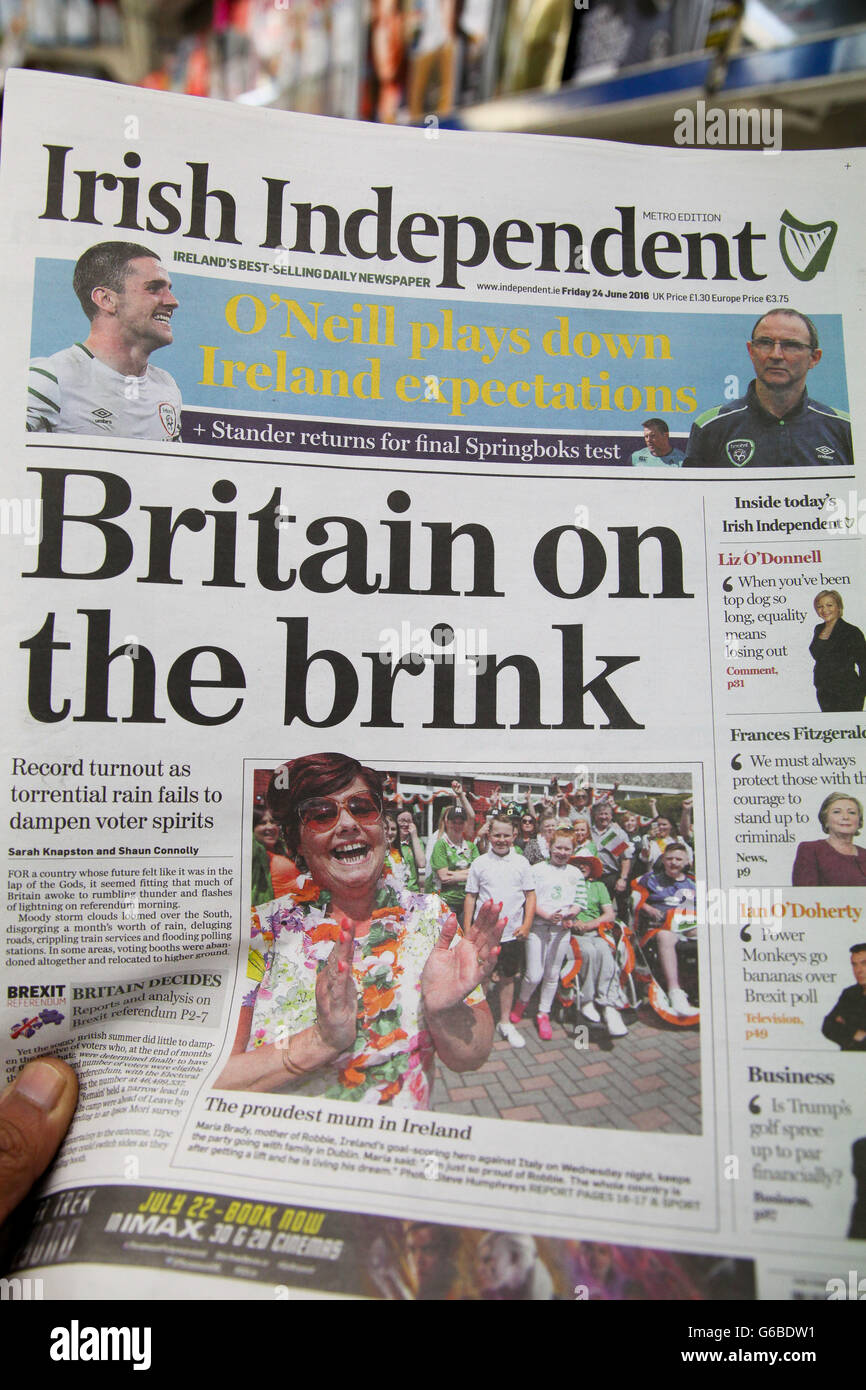 London Uk  Irish Independent British Newspaper Front Pages Coverage On The Day After The Eu Referendum Voting Credit Dinendra Haria Alamy
