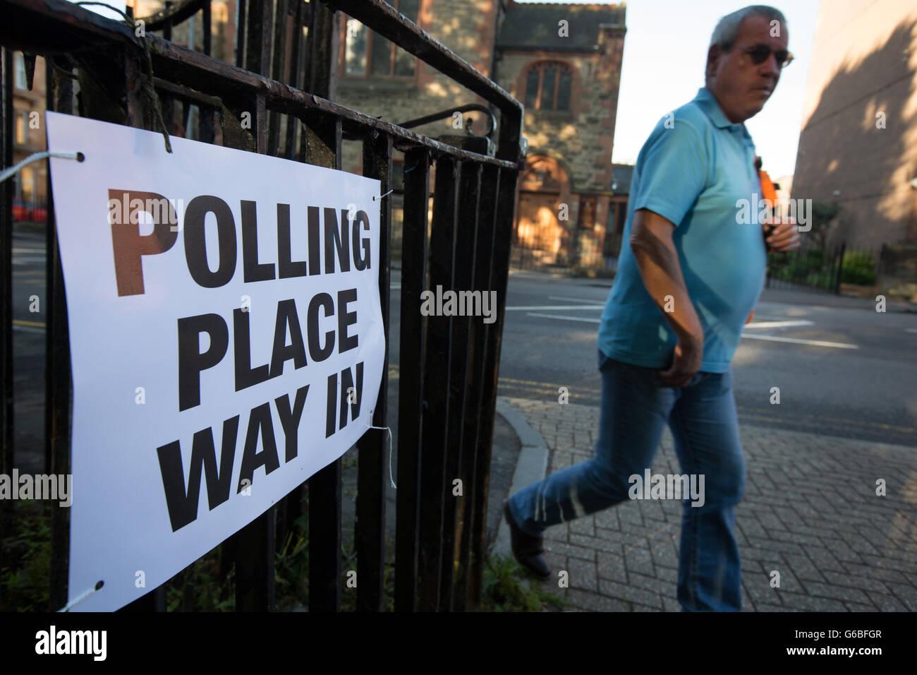 Glasgow, UK. 23rd June, 2016. Voting begins on the United Kingdom's referendum on European Union membership, - Stock Image