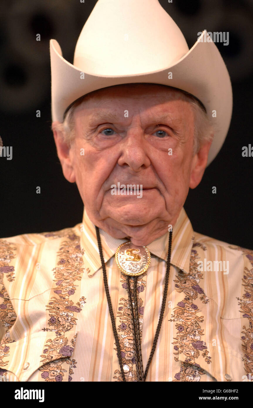 June 24, 2016 - File - Bluegrass music pioneer RALPH STANLEY died Thursday at the age of 89. The 'patriarch' - Stock Image