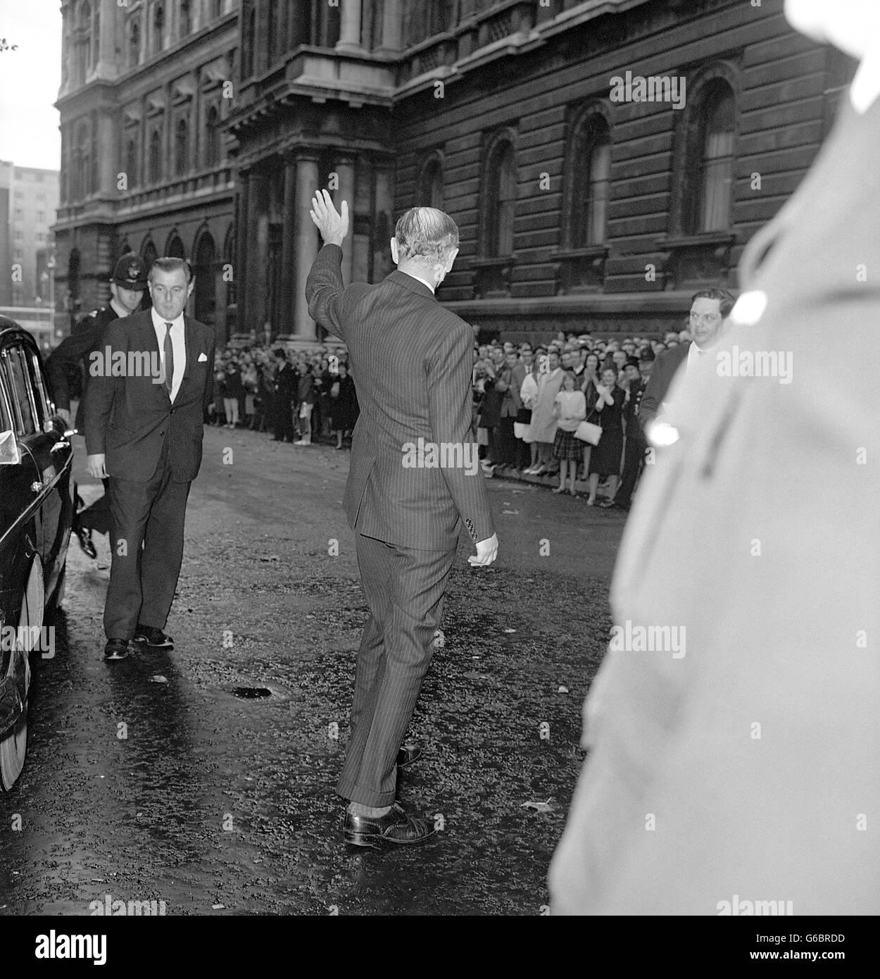 Politics - Harold Macmillan's resignation - New Prime Minister Lord Home - Downing Street, London - Stock Image