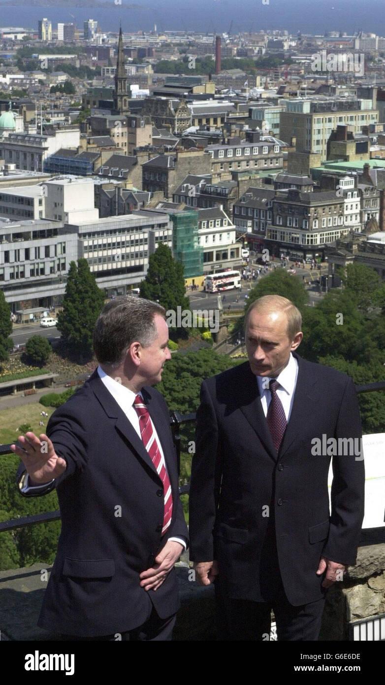 Putin and McConnell in Edinburgh Stock Photo