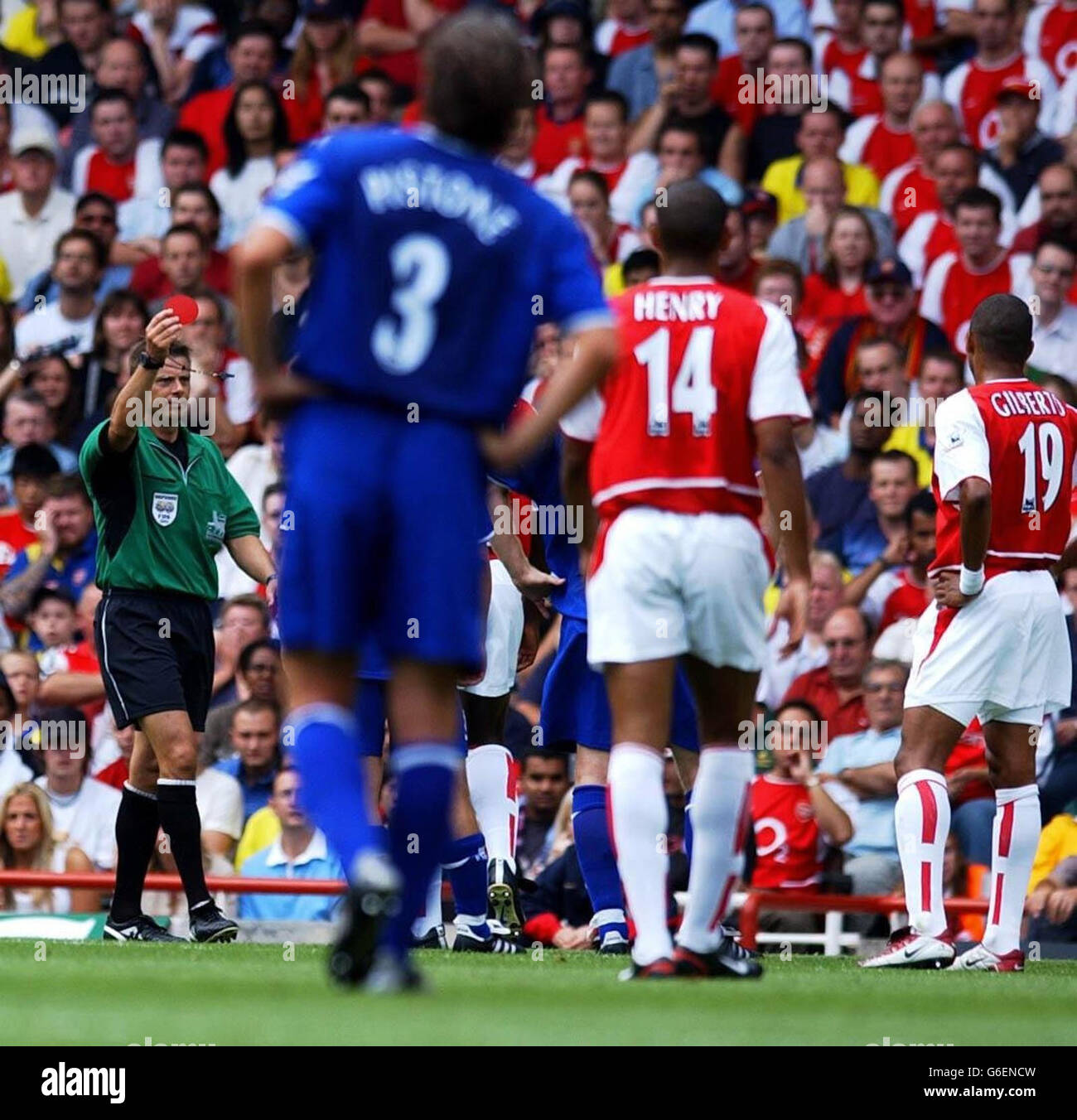 Sol Campbell is sent off - Stock Image