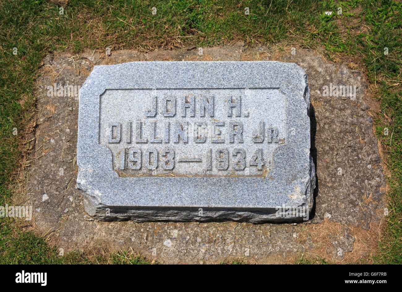 Headstone of of John Herbert Dillinger, American bank robber. - Stock Image