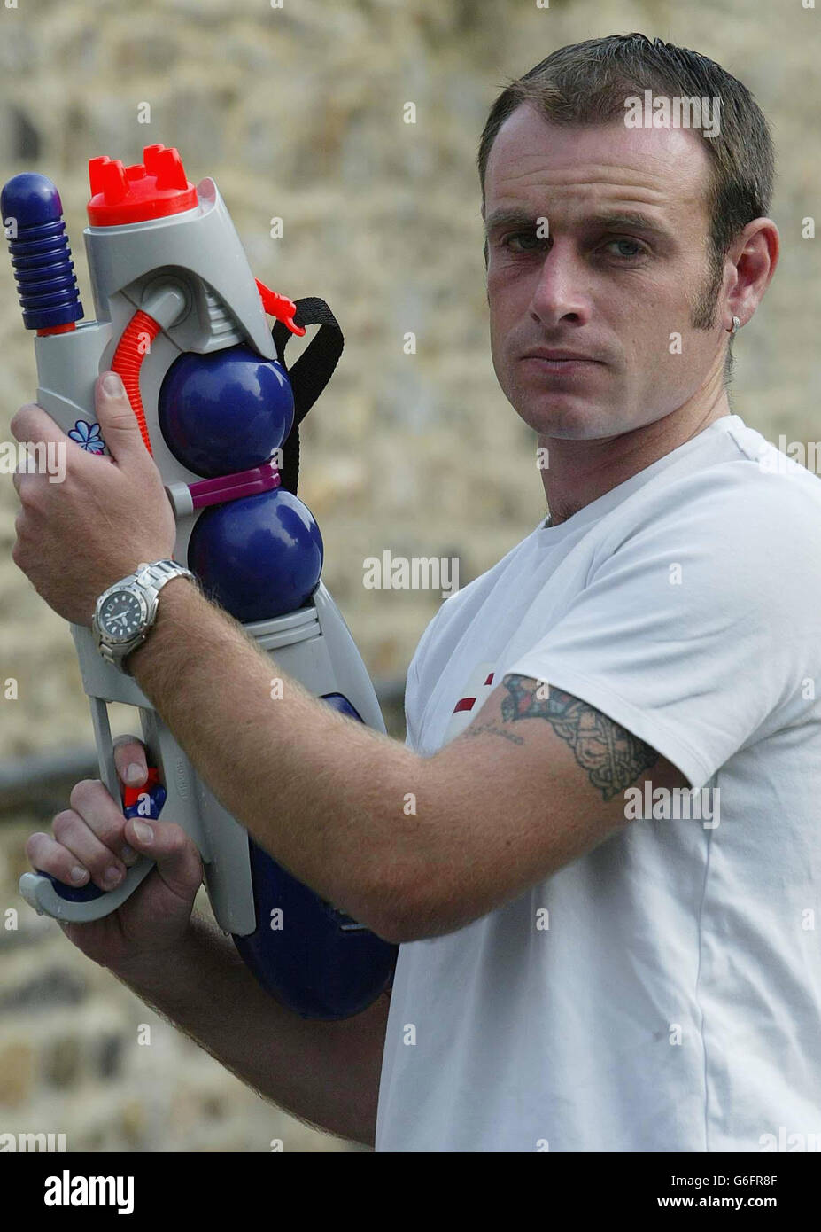 Gary Parker Water pistol fight / CS Spray by police - Stock Image