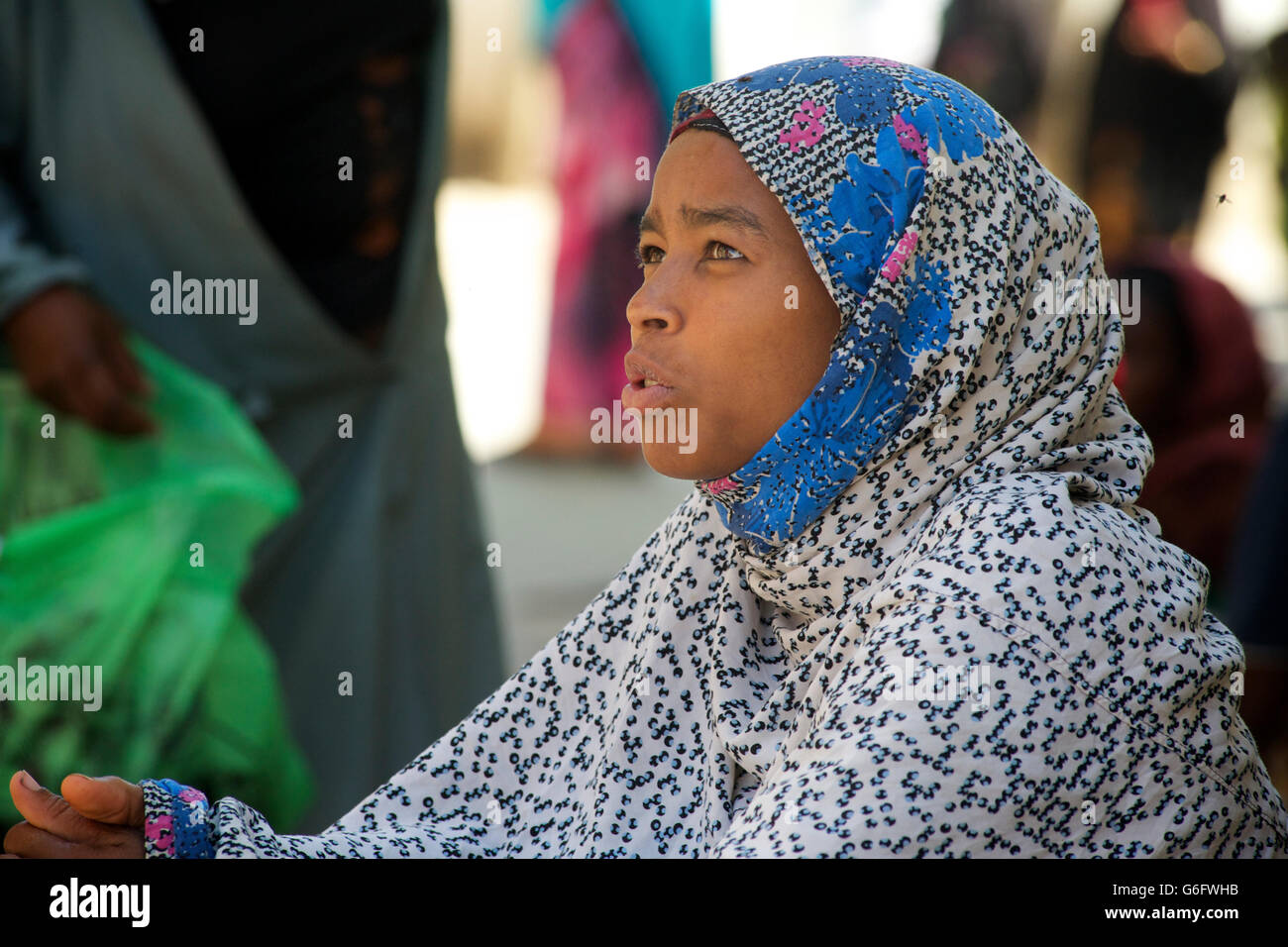 Harari woman in muslim dress. Headcloth. Harar, Ethiopia - Stock Image