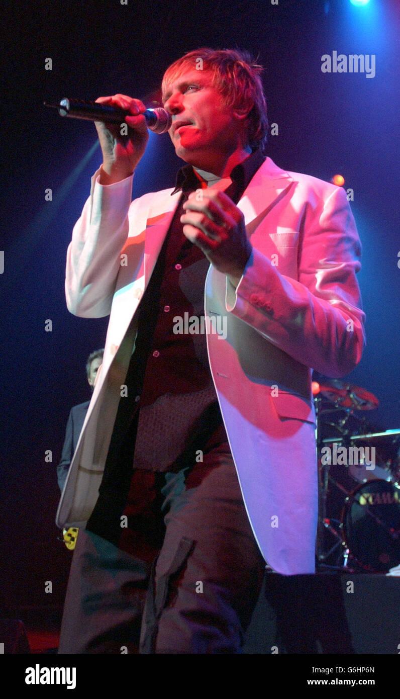 Hear Paula Abdul's Weird Sob Cry Phone Recording advise