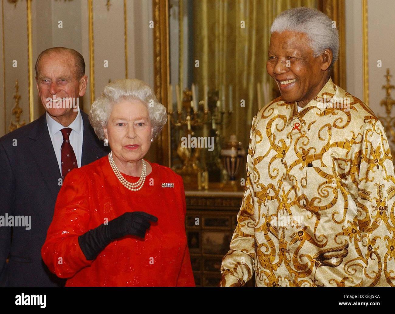 Queen Elizabeth II meets Nelson Mandela - Stock Image