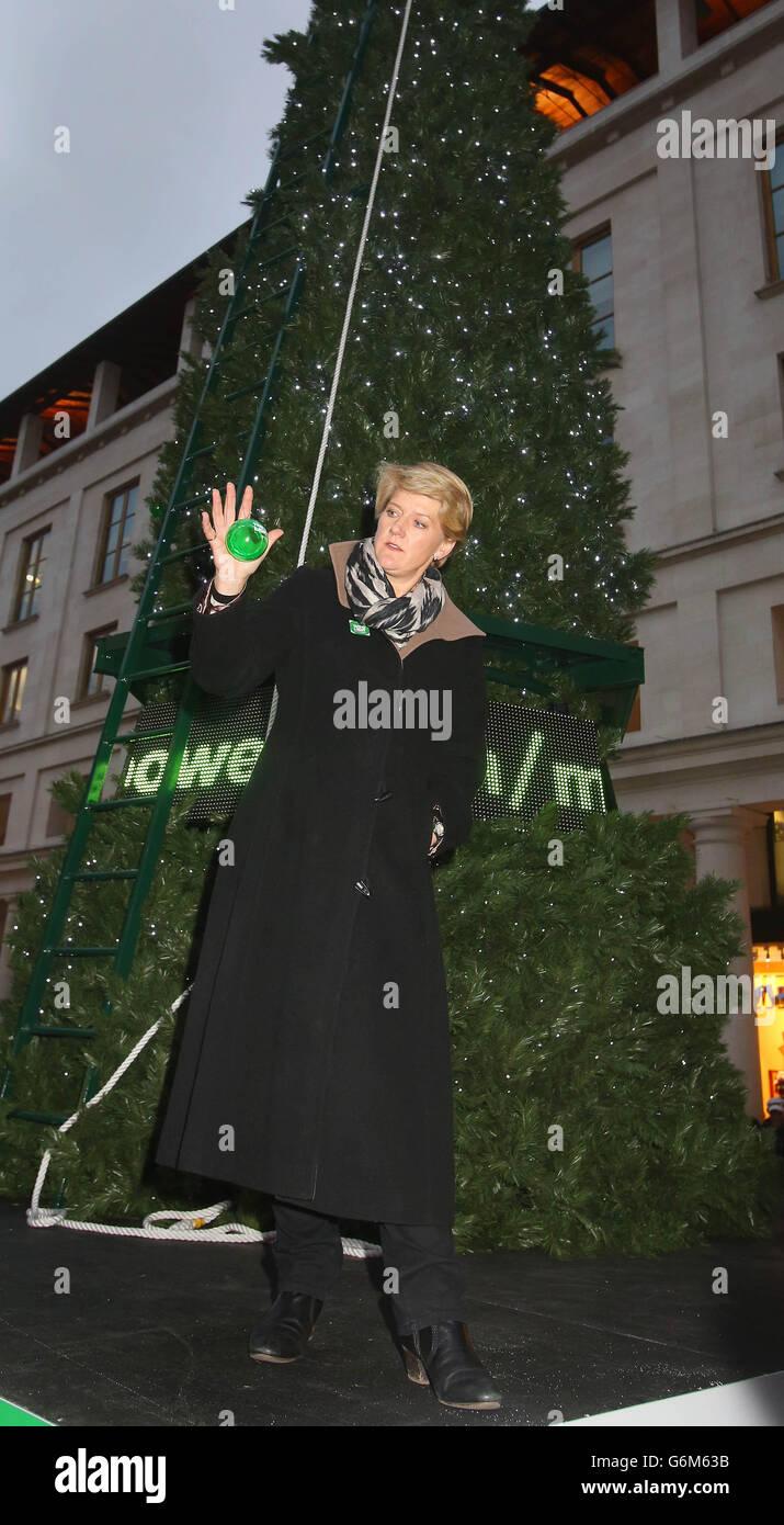 Clare Balding unveils tree - Stock Image
