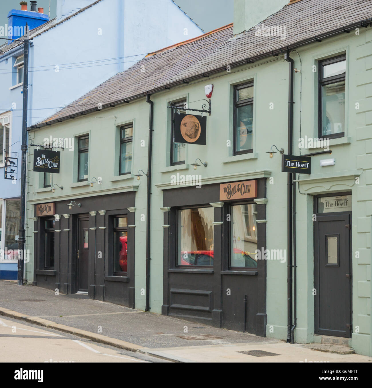 The Bull and Claw - Stock Image