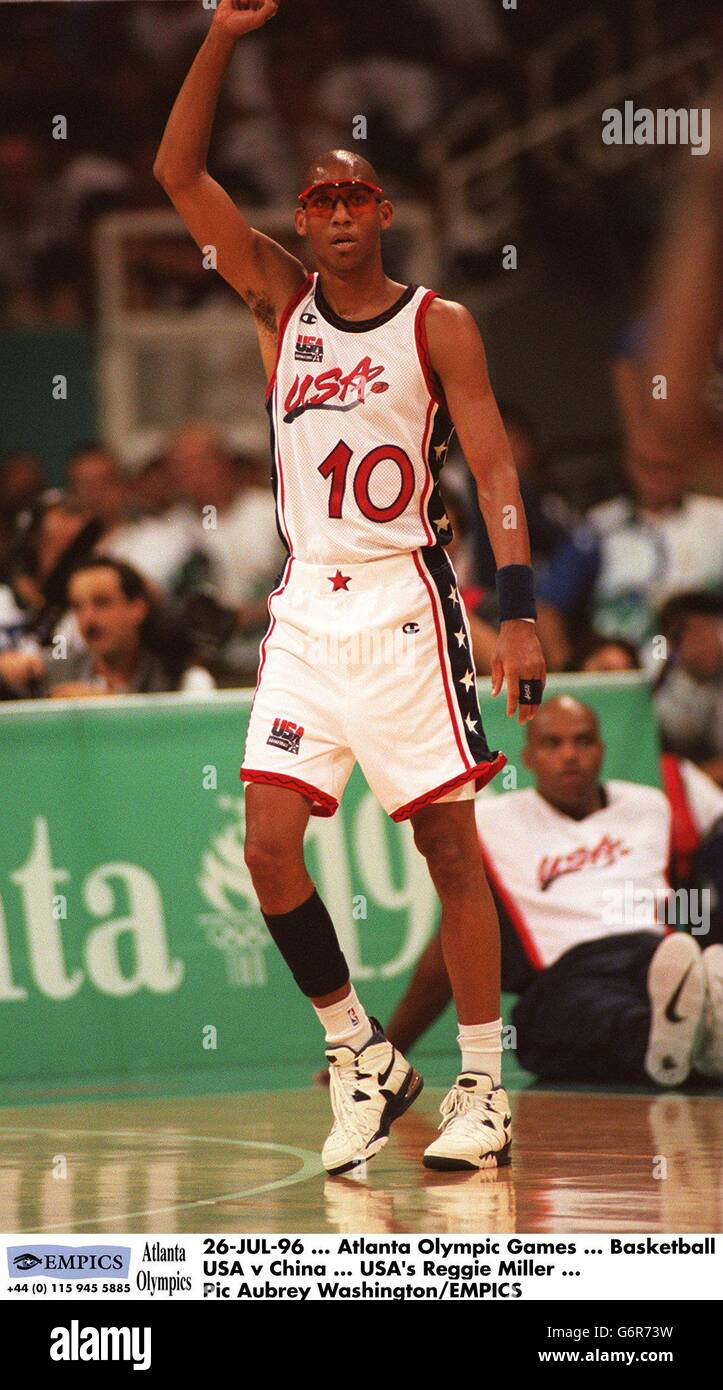 36cc5bec323b0 Atlanta Olympic Games ... Basketball - USA v China Stock Photo ...