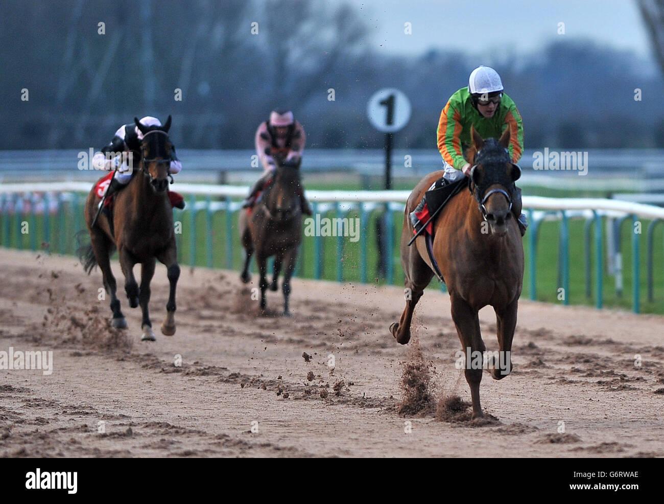 Horse Racing - Southwell Racecourse - Stock Image