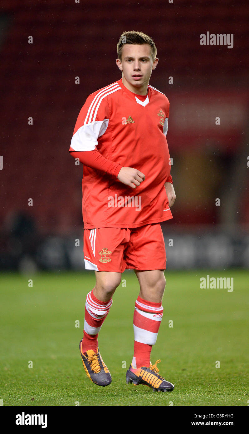 Soccer - FA Youth Cup - Fourth Round - Southampton v Charlton Athletic - St Mary's - Stock Image