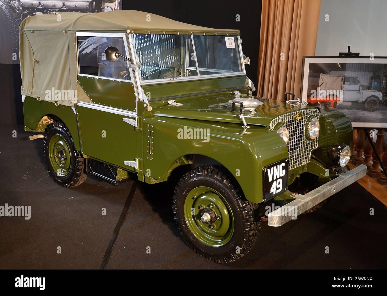 Vintage cars auction Stock Photo: 107514454 - Alamy