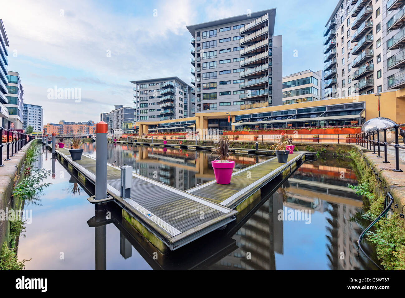 Leeds dock has large residential population in waterside apartments  by the River Aire in central Leeds, West Yorkshire, - Stock Image