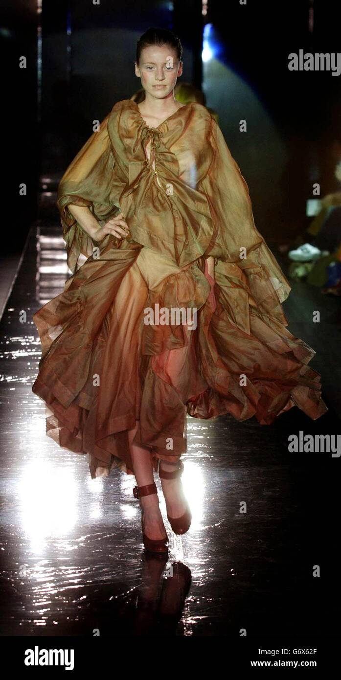 81dae6626bf Fashion in Motion - Vivienne Westwood Stock Photo: 107525671 - Alamy