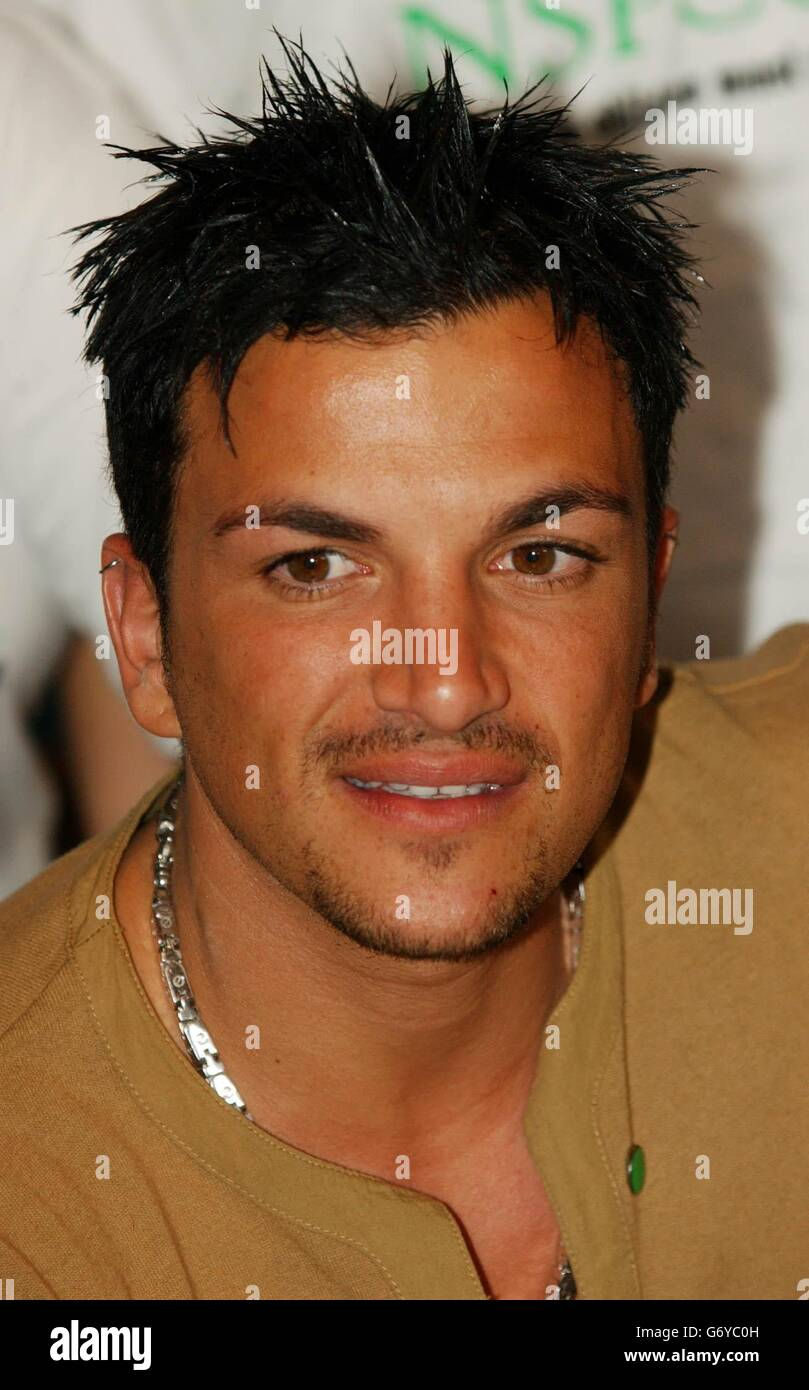 Peter Andre At The Nspcc Stock Photo Alamy