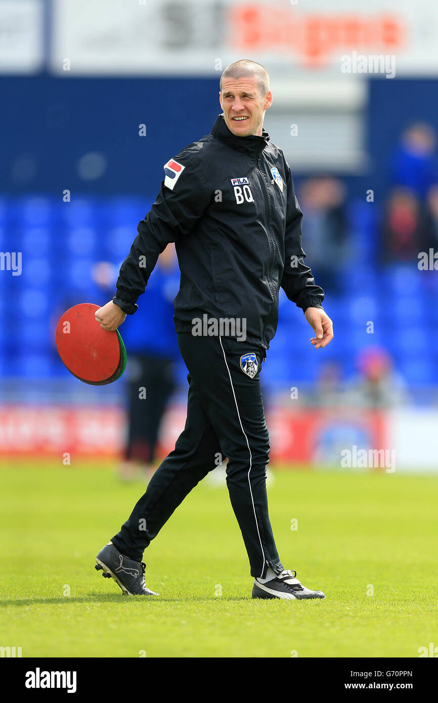 Soccer - Sky Bet League One - Oldham Athletic v Coventry City - Boundary Park - Stock Image