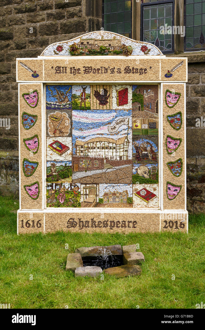 Well Dressing, Litton, Derbyshire.  Shakespeare theme. A tradition in which pictures are made from petal stuck to - Stock Image