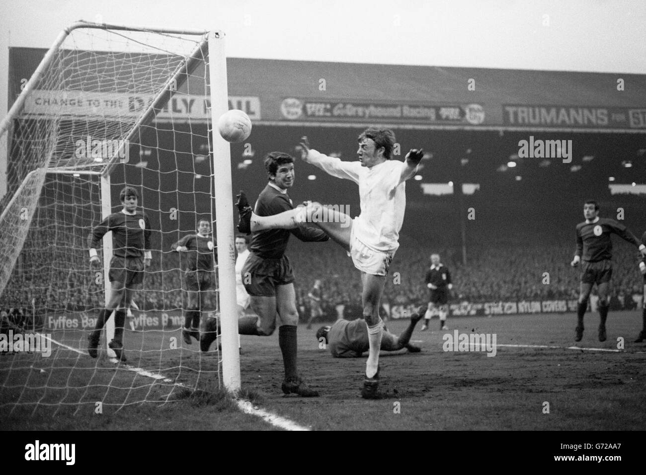 Soccer - FA Cup - 6th Round - Second Replay - West Bromwich Albion v Liverpool - Maine Road - Stock Image