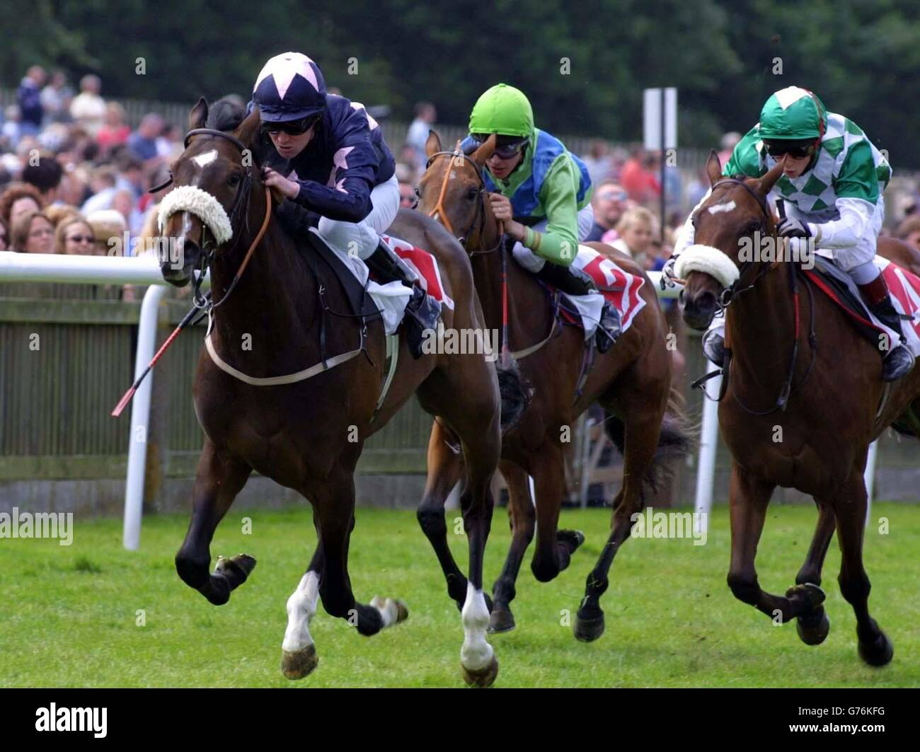 Cancer Research UK Empress Stakes - Miss Mirasol (L) Stock Photo