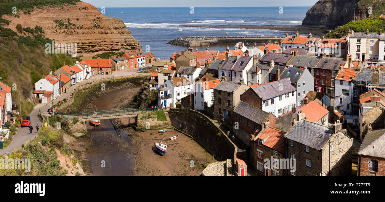 UK, England, Yorkshire, Staithes, elevated panoramic view and Staithes Beck from Cowbar Bank - Stock Image