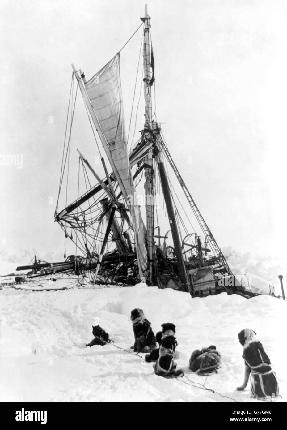 Ernest Shackleton, Endurance. Sir Ernest Shackleton's ship, Endurance, trapped in the ice during the 1914/15 - Stock Image