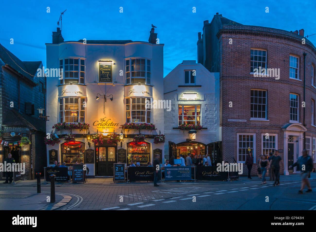 The Cricketers Prince Albert Street Brighton Night Life - Stock Image