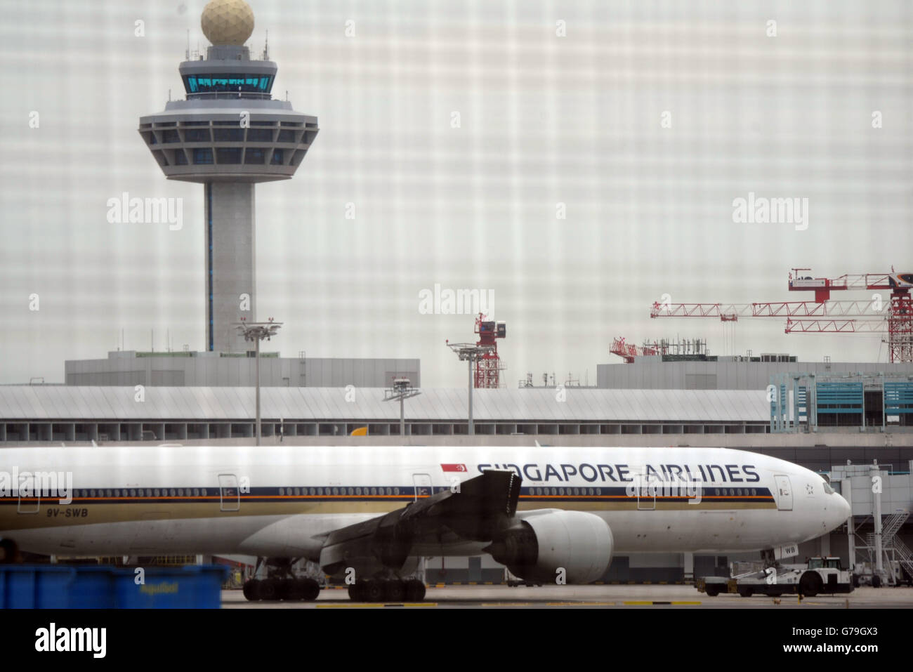 Singapore. 27th June, 2016. Photo taken on June 27, 2016 shows Singapore Airlines (SIA) flight SQ368 with its burnt - Stock Image