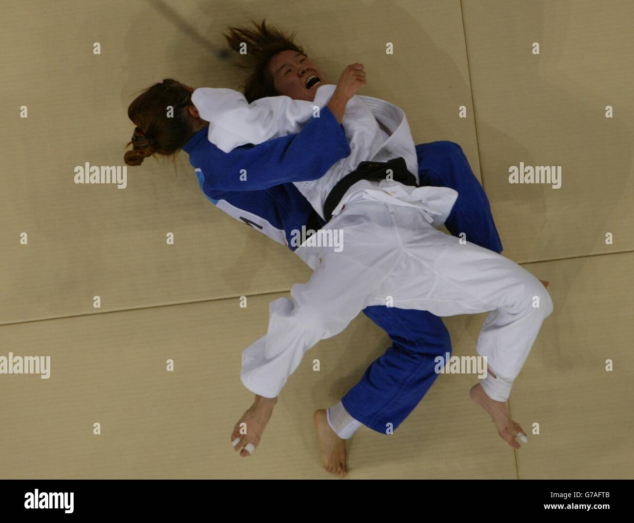 Ryoko Tani v Alina Dumitru - Stock Image