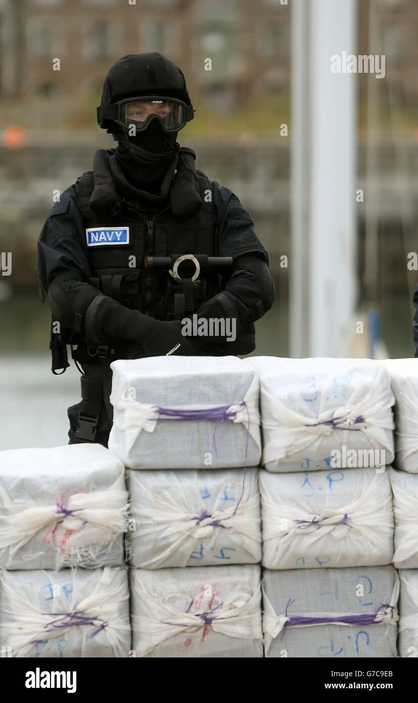 Four held over yacht drugs haul - Stock Image