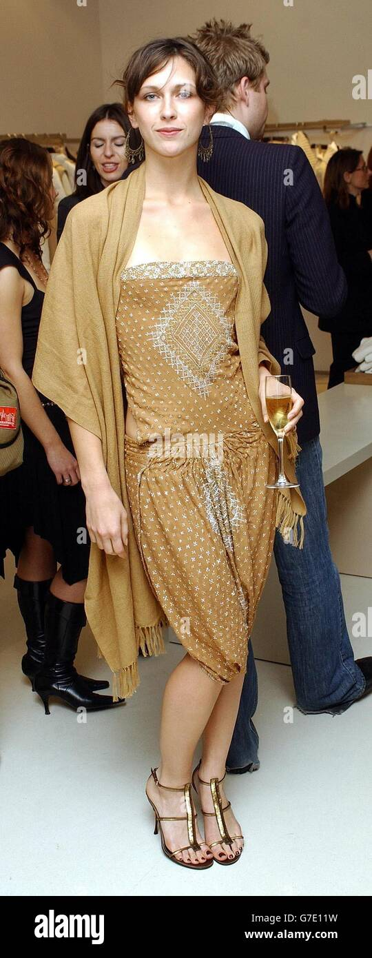 Margot Stilley Maxmara Stock Photo  107872965 - Alamy 7005c17f6e2