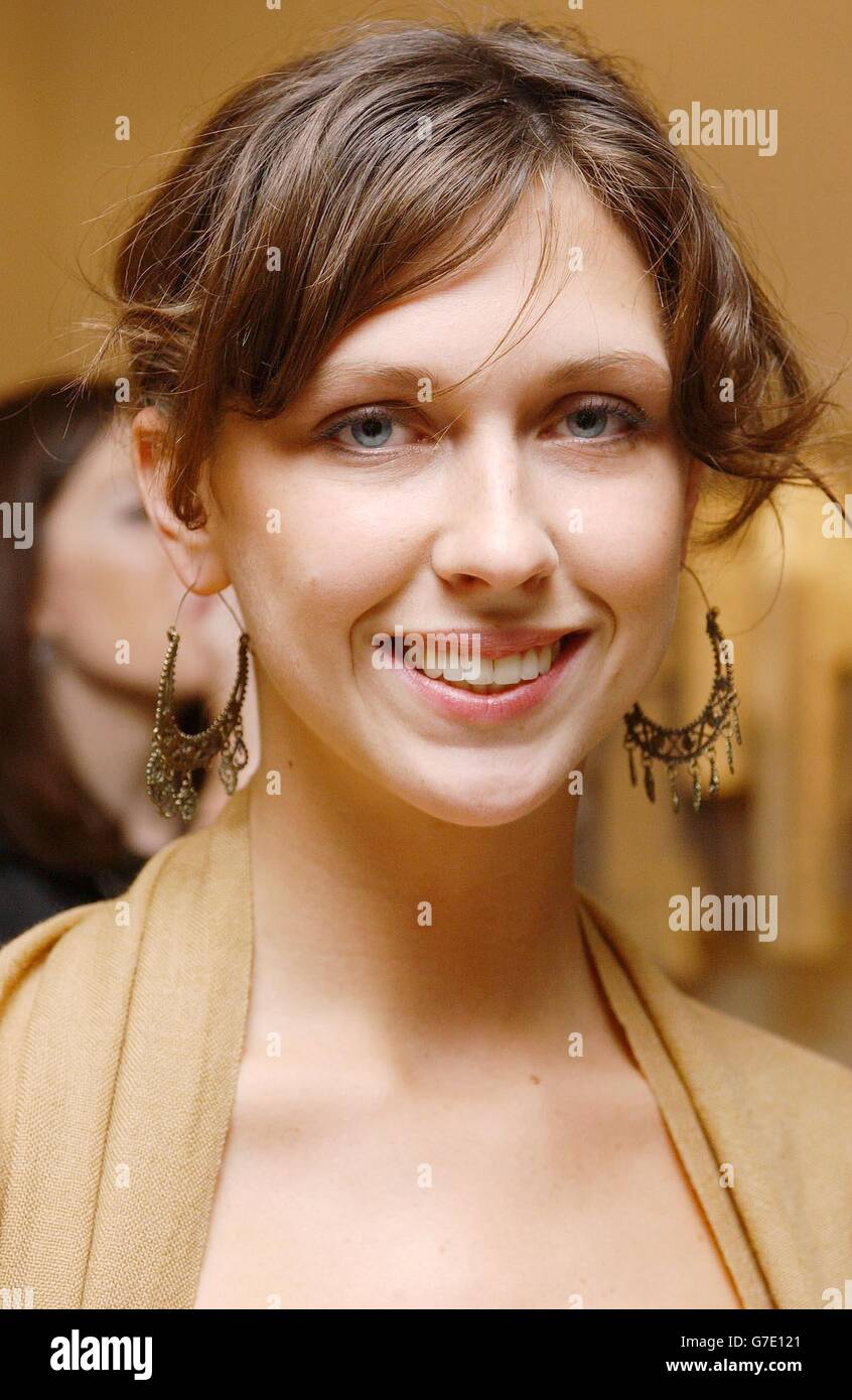 Margot Stilley Maxmara Stock Photo  107872969 - Alamy 55c98c687ff