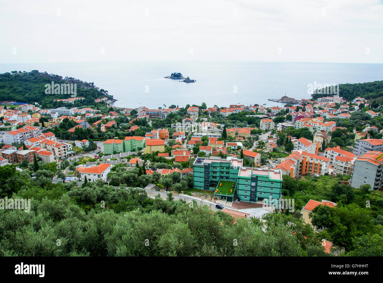 Petrovac, Montenegro, townscape with the Adriatic sea - Stock Image