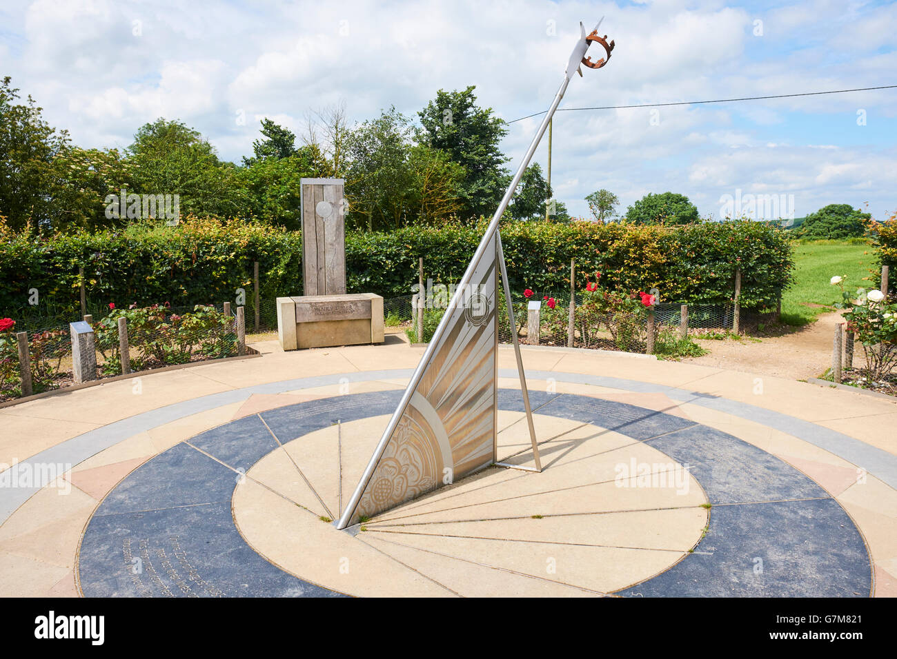 Sundial Memorial Bosworth Heritage Centre And Country Park Sutton Cheney Leicestershire UK - Stock Image