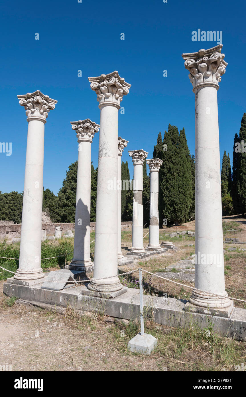 Corinthian columns, The Middle terrace of The Asklepieion, Platani, Kos (Cos), The Dodecanese, South Aegean Region, - Stock Image