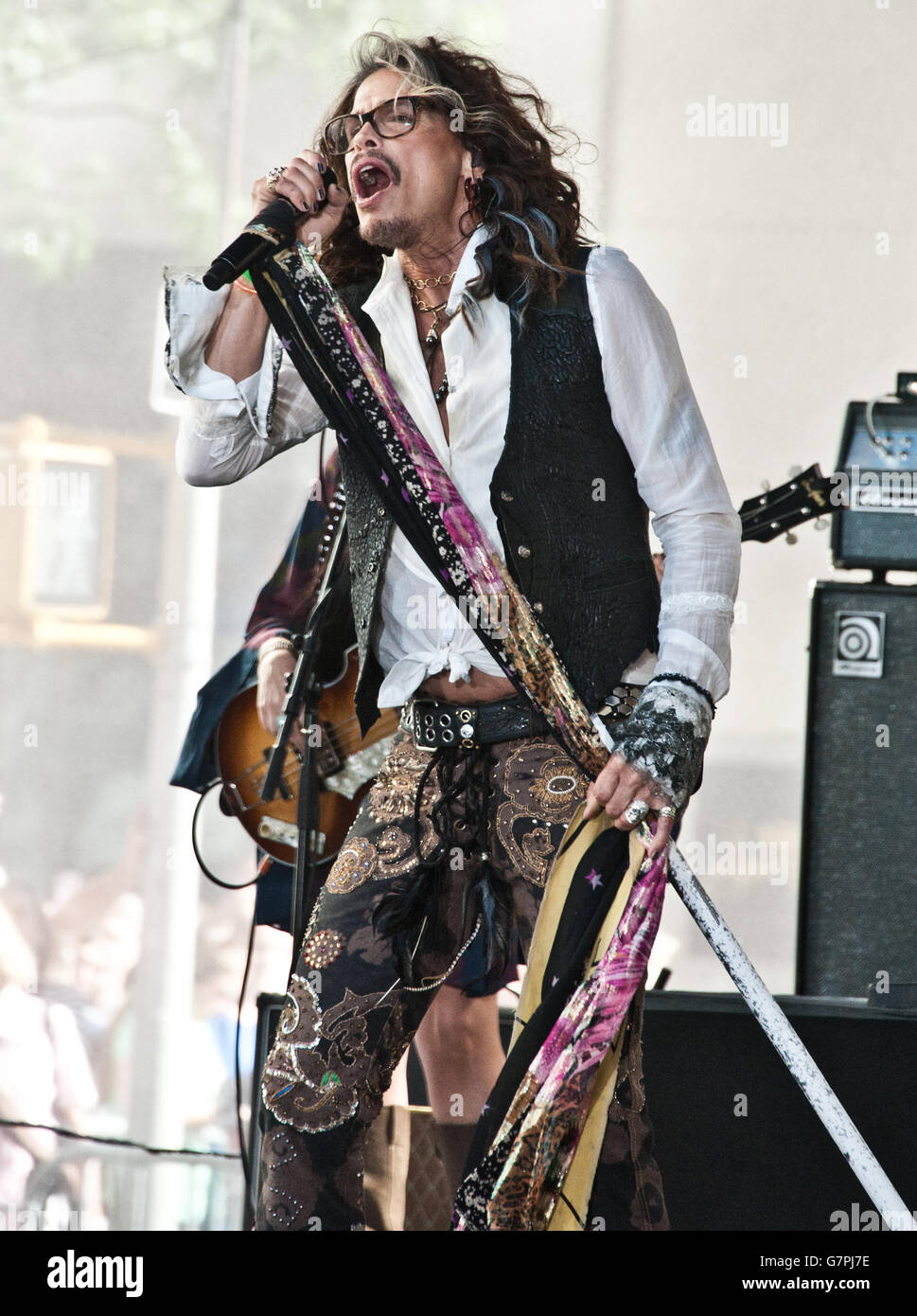 """New York, NY, USA. 24th June, 2016. Steven Tyler Performs on NBC's """"Today"""" Show at Rockefeller Plaza. Stock Photo"""