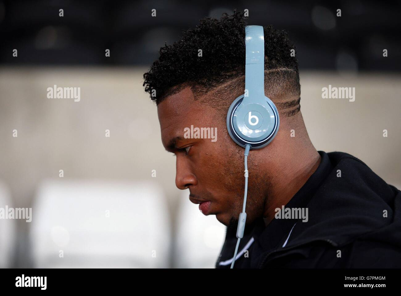 Beats Headphones Head Phones Soccer Swansea High Resolution Stock Photography And Images Alamy