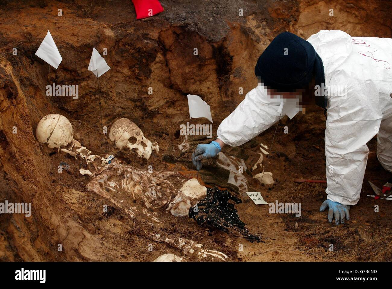 Forensic Archaeology High Resolution Stock Photography And Images Alamy