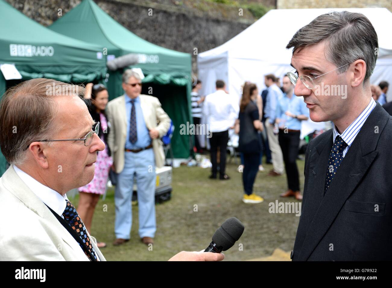Michael Crick interviews Tory MP Jacob Rees Mogg on College Green after the EU Referendum. - Stock Image