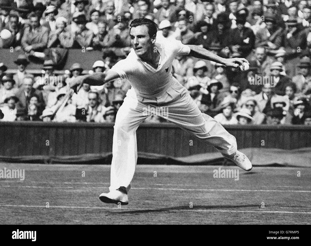 Tennis - 1934 Wimbledon Championships - Men's Singles - Third Round - Fred Perry v Roderich Menzel - The All - Stock Image