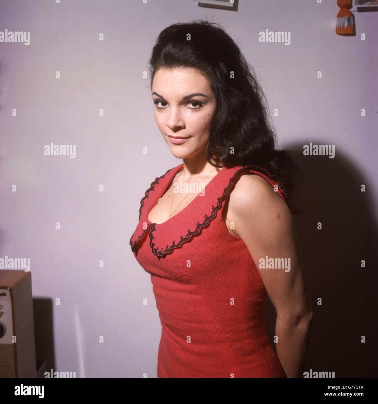 Watch Thelma Furness, Viscountess Furness video