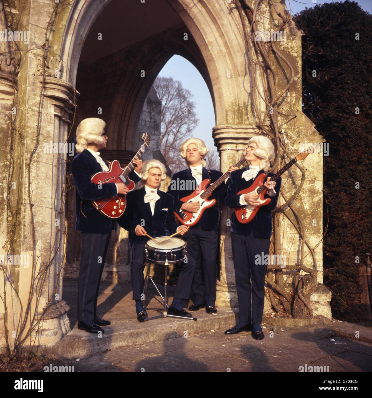Music - The Snobs - Medmenham Abbey, Marlow Stock Photo