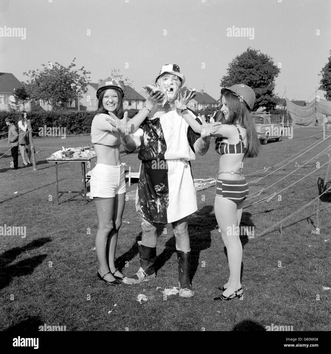 Entertainment - Third World Custard Pie Championships - Coxheath Fete, Maidstone - Stock Image