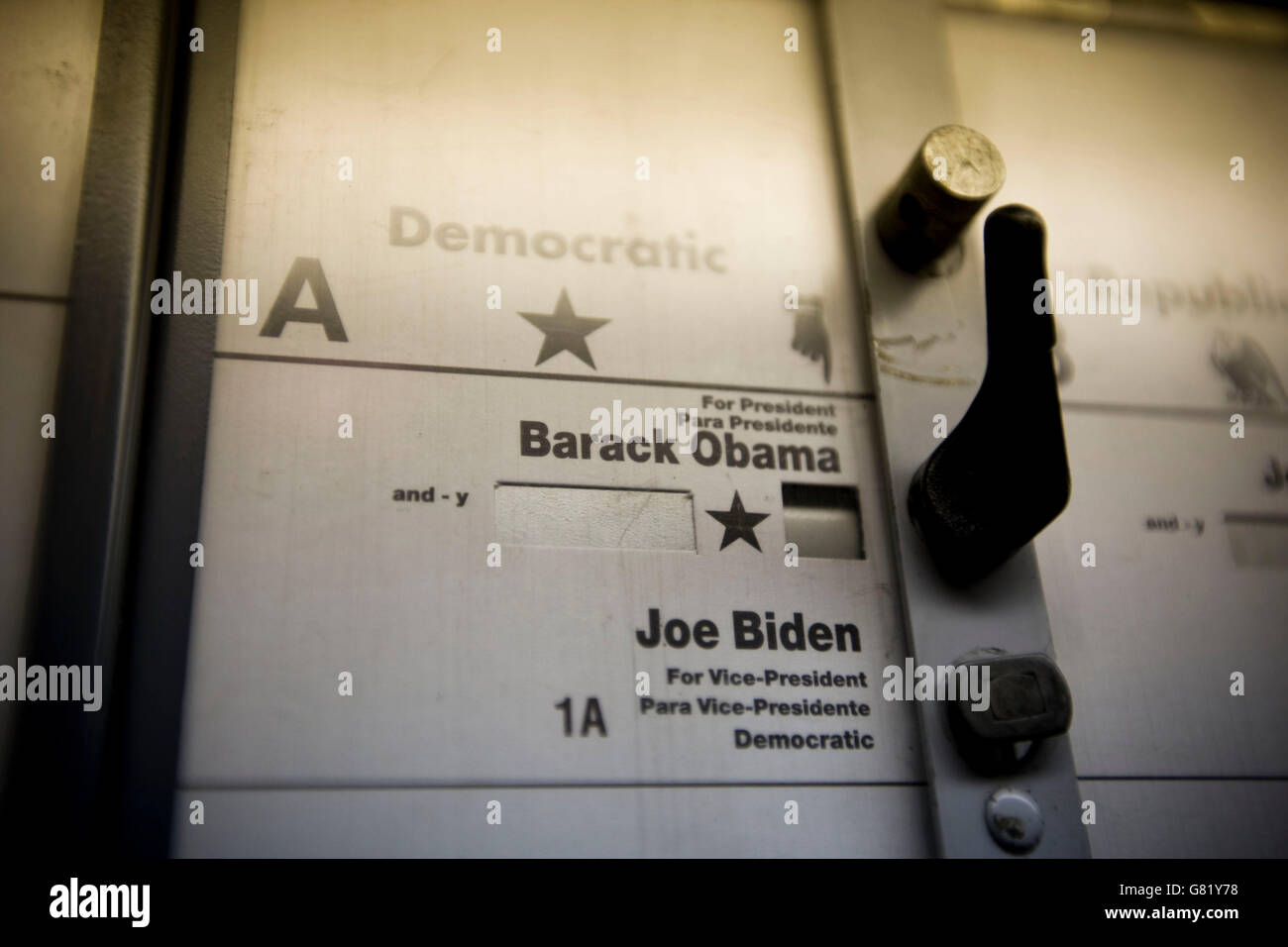 View inside a voting booth used in the 2008 US general election in Harlem, New York, NY, United States, 4 November Stock Photo