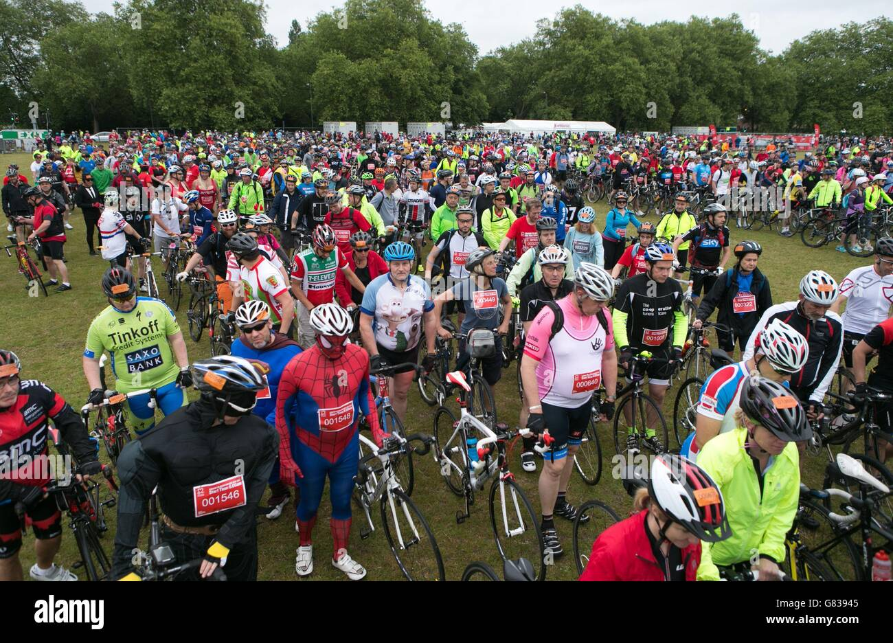 London To Brighton Cycle 2017 >> London To Brighton Bike Ride Stock Photo 108252485 Alamy