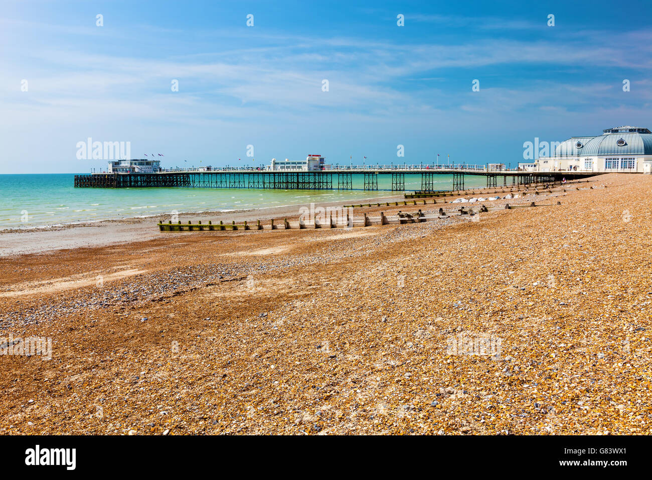 The beach and pier at Worthing West Sussex England UK Europe - Stock Image