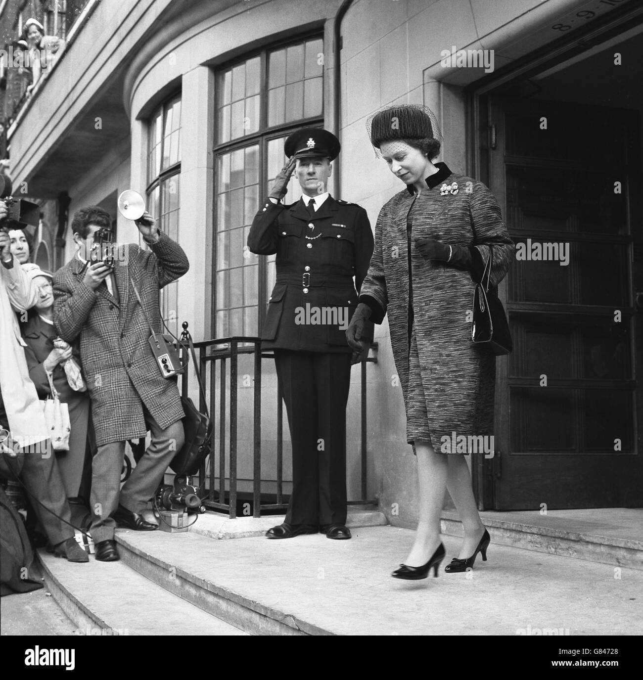 Royalty - Queen Elizabeth II - King Edward VII Hospital, Marylebone - Stock Image