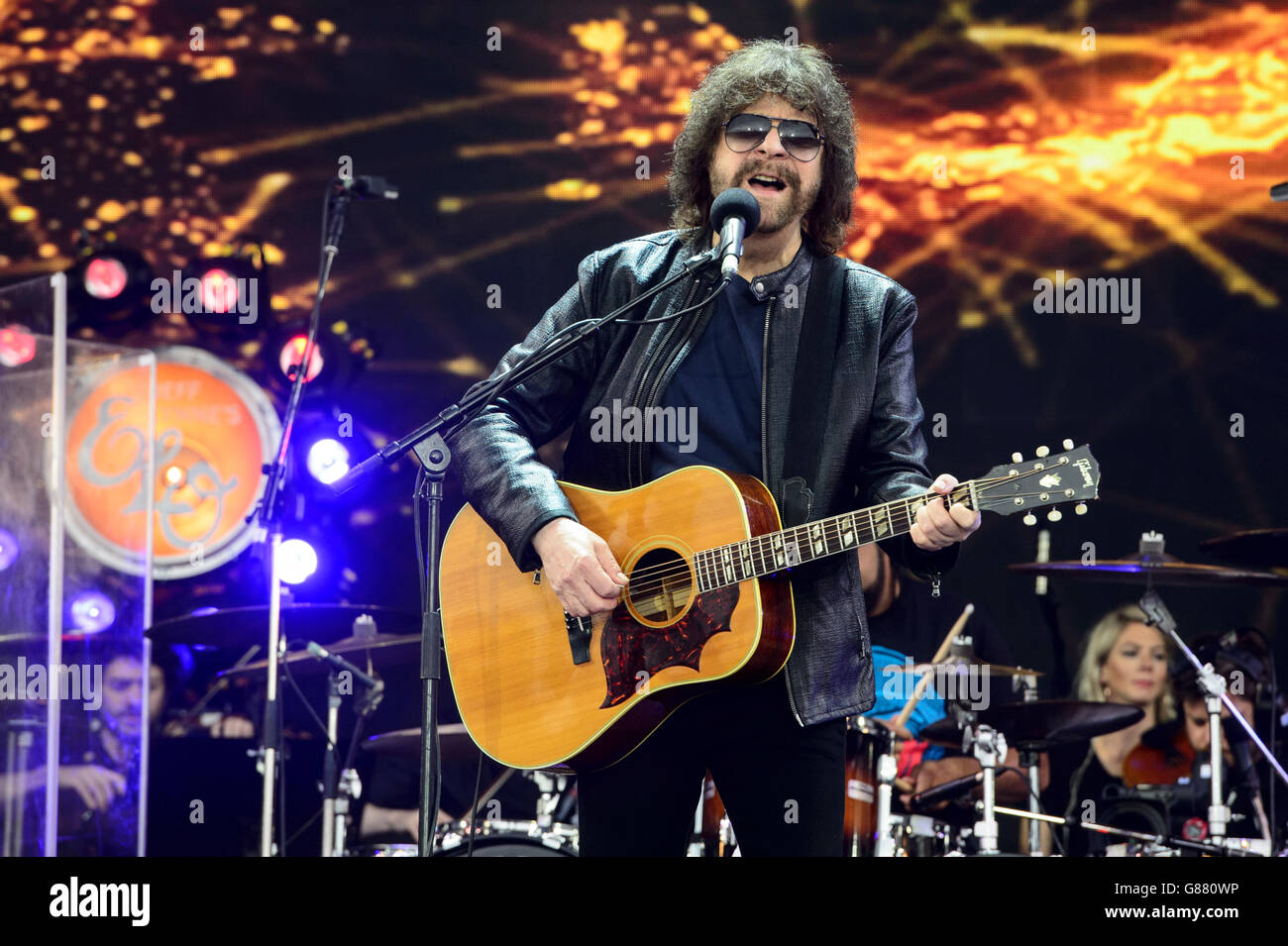 jeff lynne from band electric light orchestra performs at the stock