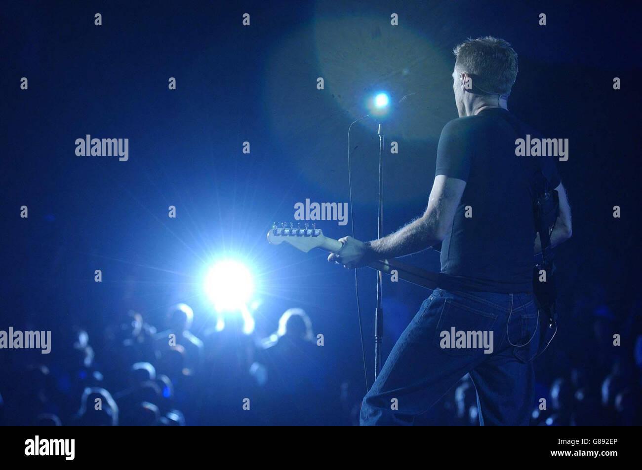 Bryan Adams\' Room Service Tour - Earls Court Stock Photo: 108379006 ...
