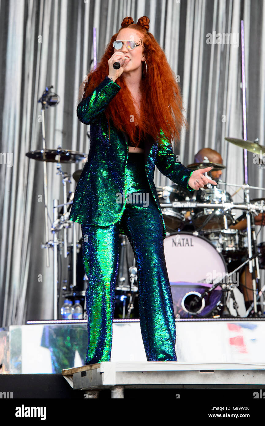 Jess Glynne performs at the Glastonbury music festival - Stock Image